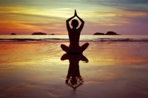 yoga-coucher-soleil